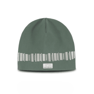Warm reflective beanie in a cozy green color. Pattern similar northern lights in reflective