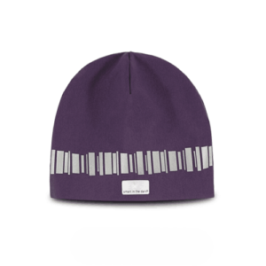 Trending reflectivebeanie in a lovley deep purple color. Pattern similar northern lights in reflectives runs around the hat
